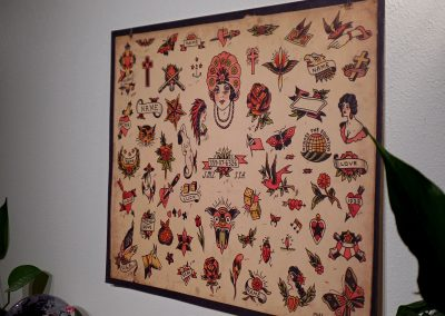 Side image of the tattoo flash called 1941.