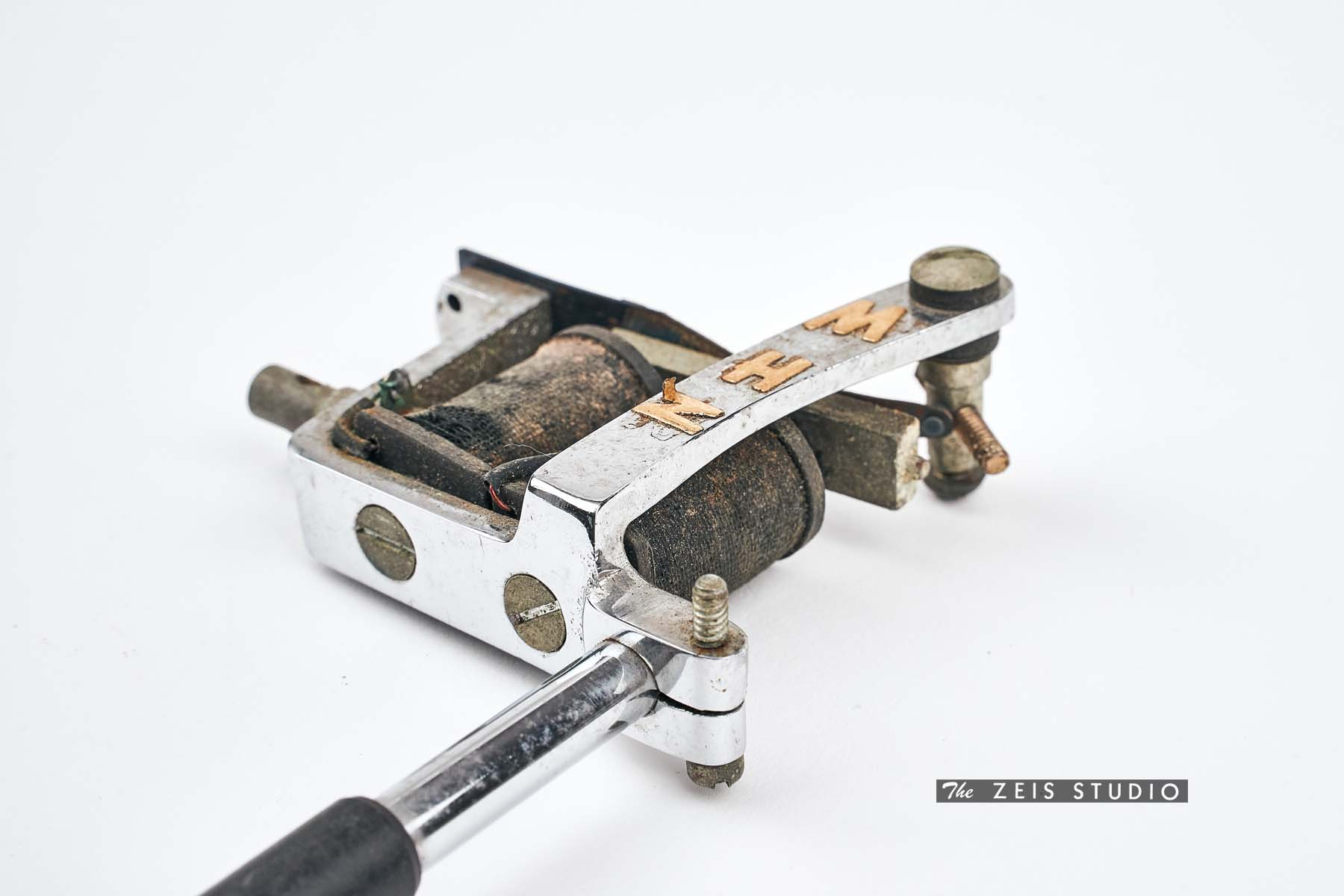 Spaulding and Rogers Lightweight Tattoo Machine_closeup2